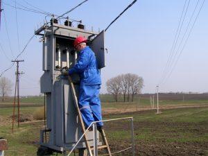 Для чего необходимо проводить техническое обслуживание электроподстанции?